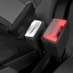 Skoda патентует светящиеся пряжки ремня безопасности