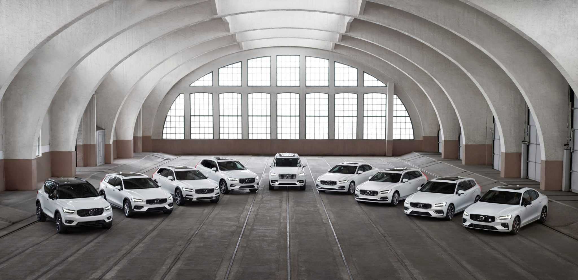 Volvo объявил о сохранении в июле прежних ставок на кредиты