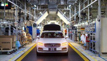 Volvo перевел один из своих заводов полностью на электричество из биомассы и энергию ветра