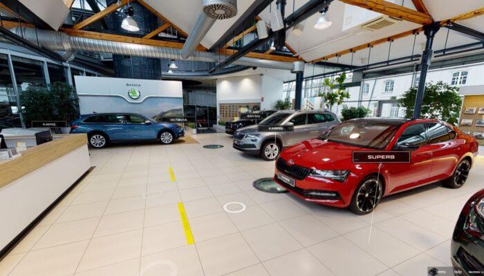 Виртуальный шоурум Skoda позволяет посидеть внутри автомобилей и прогуляться по автосалону