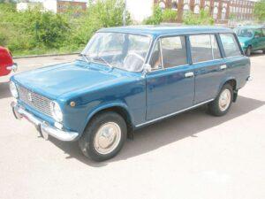 ВАЗ-2102 продают за 715 тысяч рублей в Германии