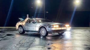В США за реплику «машины времени» DeLorean DMC-12 хотят 38 млн рублей
