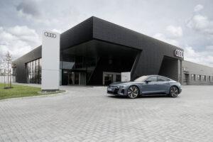 Audi объявила о начале продаж нового электромобиля e-tron GT