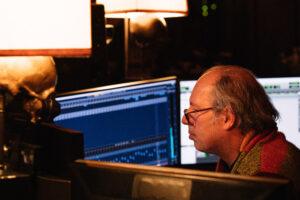 Искусственный звук BMW M напишет автор звуков в играх Crysis 2 и Call of Duty