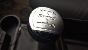 Какие 10-летние автомобили чаще всего меняют владельцев: ТОП 10 по версии «Авто.ру»