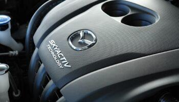 Нехватка чипов ударила по производству Mazda