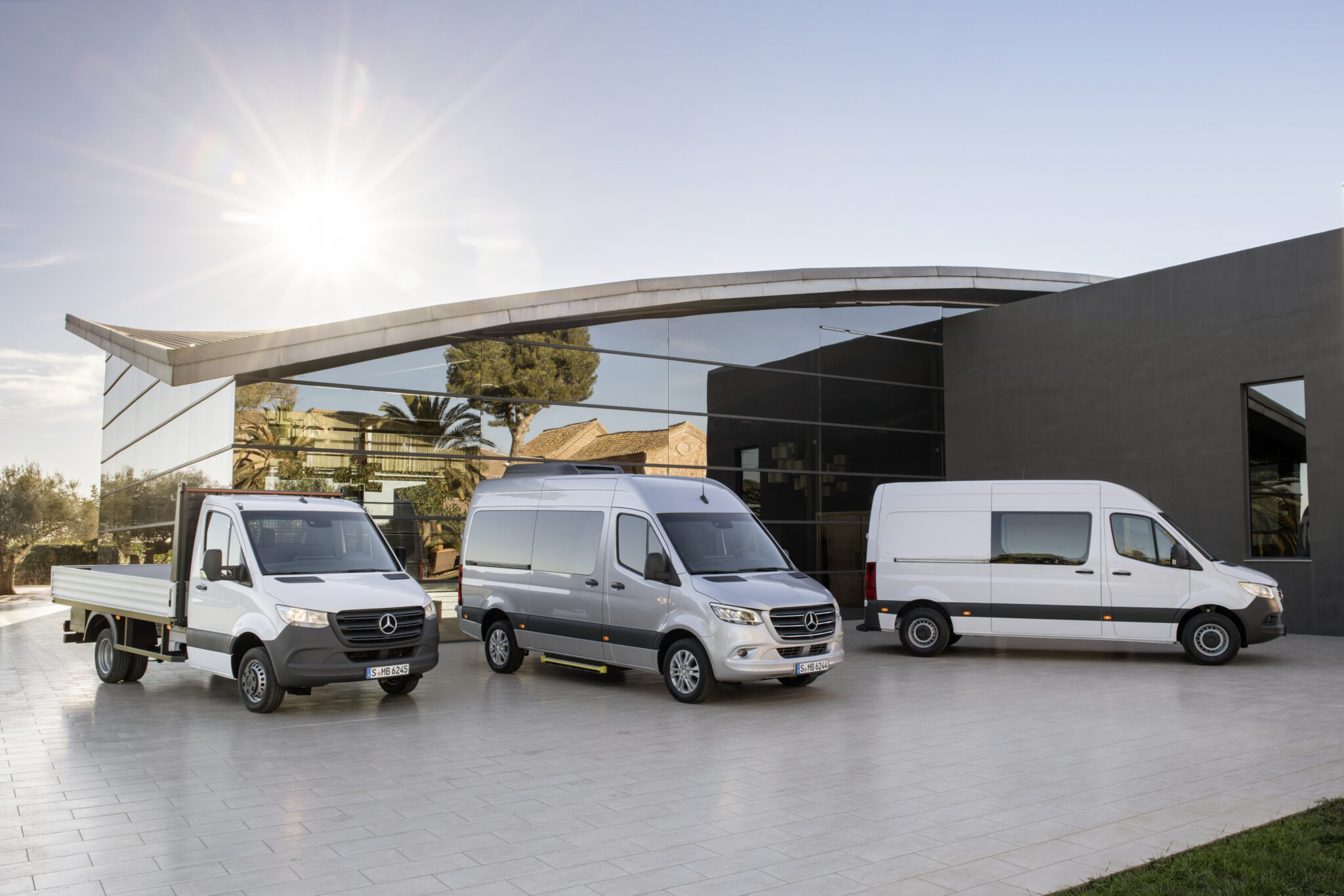 Фургон Mercedes Sprinter получил новый дизельный двигатель