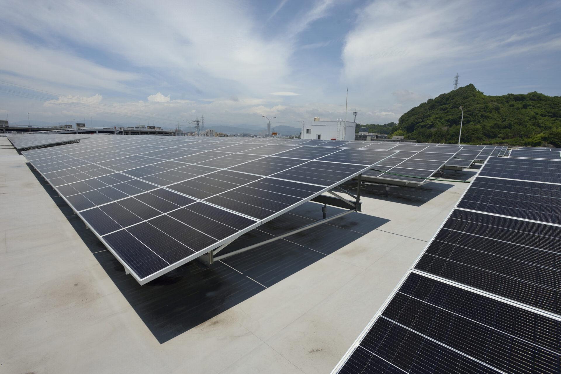 Mazda объявила о запуске солнечной электростанции на одном из своих заводов