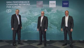 Mercedes, Volvo и Volkswagen создадут совместную сеть зарядок для грузовиков в Европе