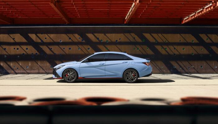 За 5,3 секунды до 100 км/ч: Hyundai Elantra N официально презентована