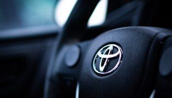 Toyota приостановит производство одной из линий по производству Corolla