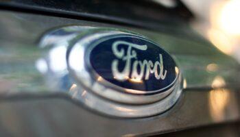 GM подал в суд на Ford из-за названия круиз контроля BlueCruise