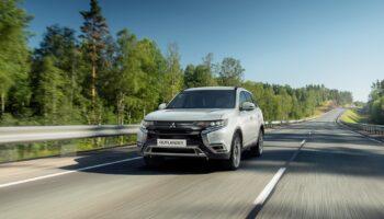 Mitsubishi Outlander 2021 модельного года начали продавать в РФ с 12 июля