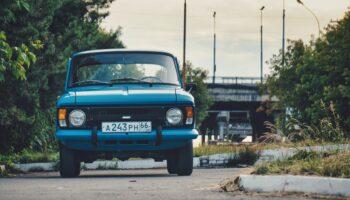 В России выставили на продажу коллекцию из 4 раритетных советских автомобилей и 2 мотоциклов