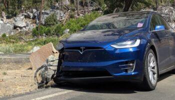 Владелец Tesla Model X рассказал о пятикратном ДТП из-за автопилота на одном и том же месте в США