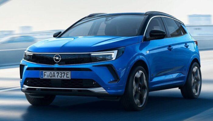 Названы европейские цены на обновленный кроссовер Opel Grandland 2022 года
