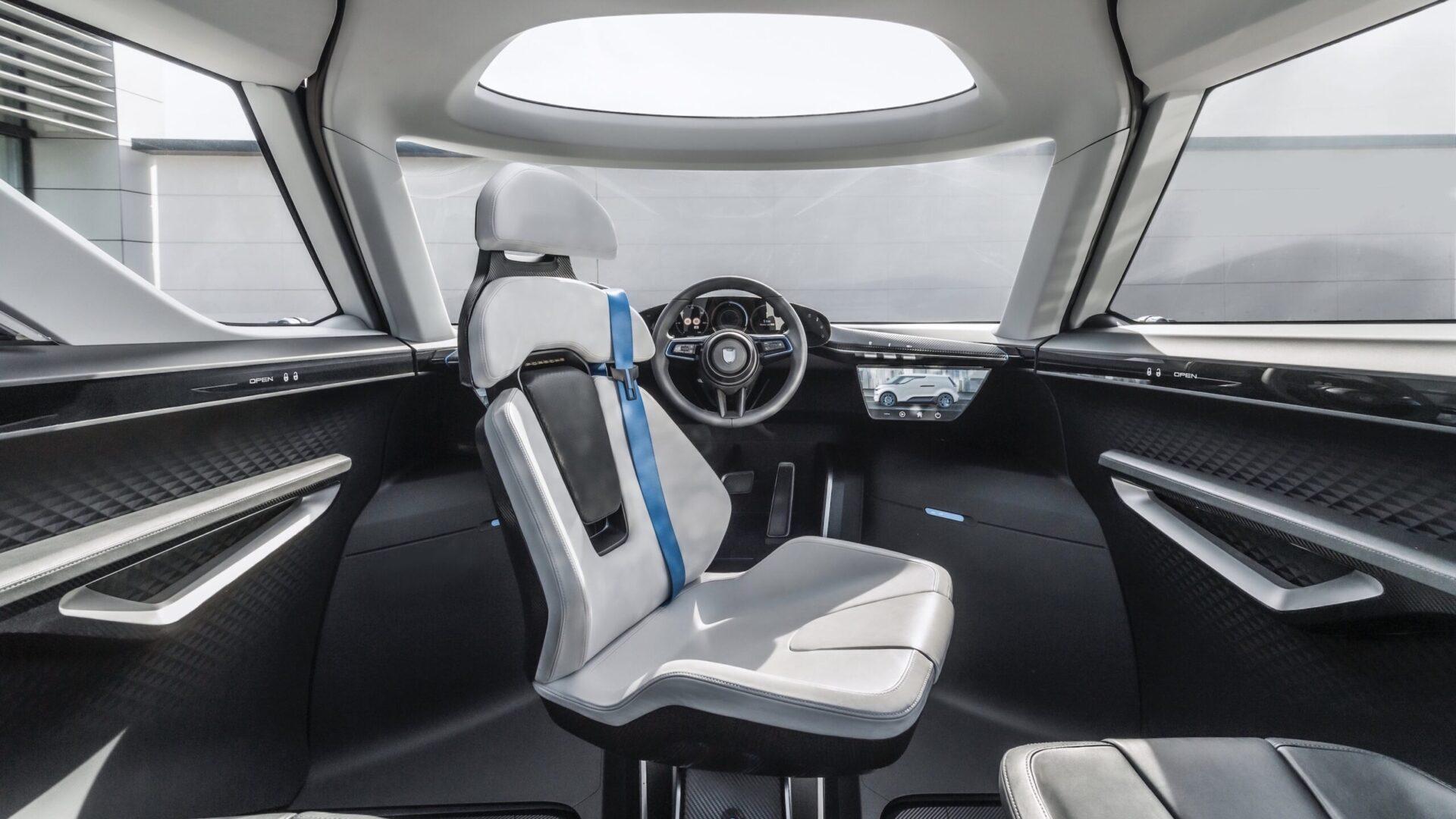 Porsche показал интерьер экспериментального минивэна будущего Renndienst