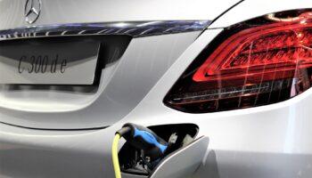 Компания Mercedes-Benz может прекратить разработку гибридов с 2021 года