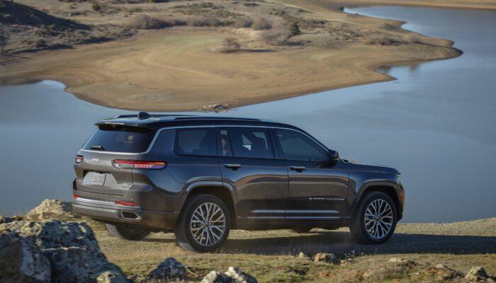 Опубликованы цены на обновленный внедорожник Jeep Grand Cherokee 2022 года в США